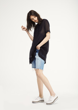 <p><span>Orchard</span> Cotton Silk tunic dress</p><p><span>Parade</span> Laced Derby style sneaker</p> thumbnail