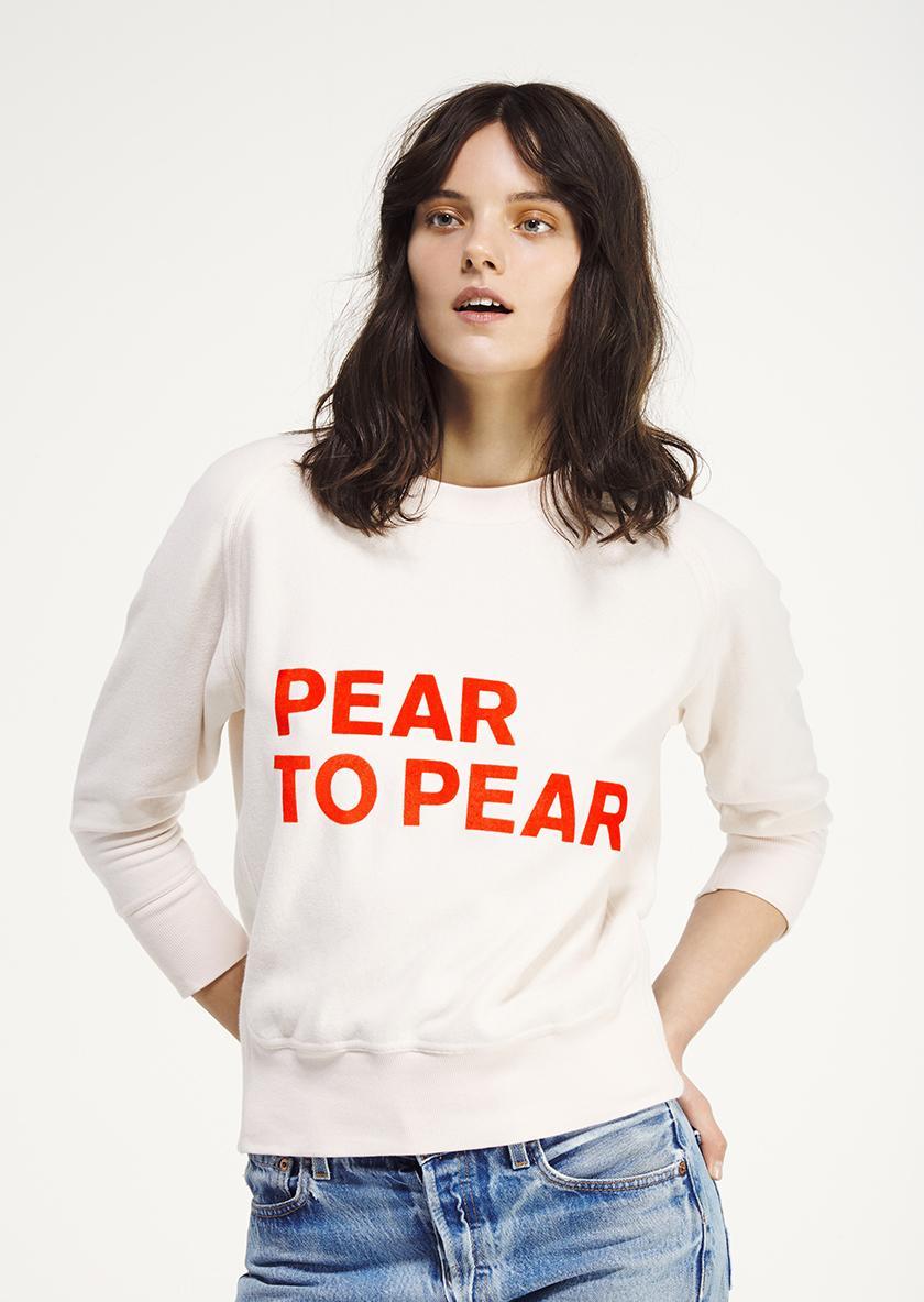 <p><span>Pear to pear </span>flocked crew neck raglan sweatshirt</p>